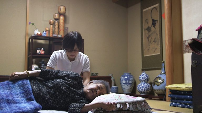 What is Shiatsu Massage Therapy and How It Can Help With Chronic Issues