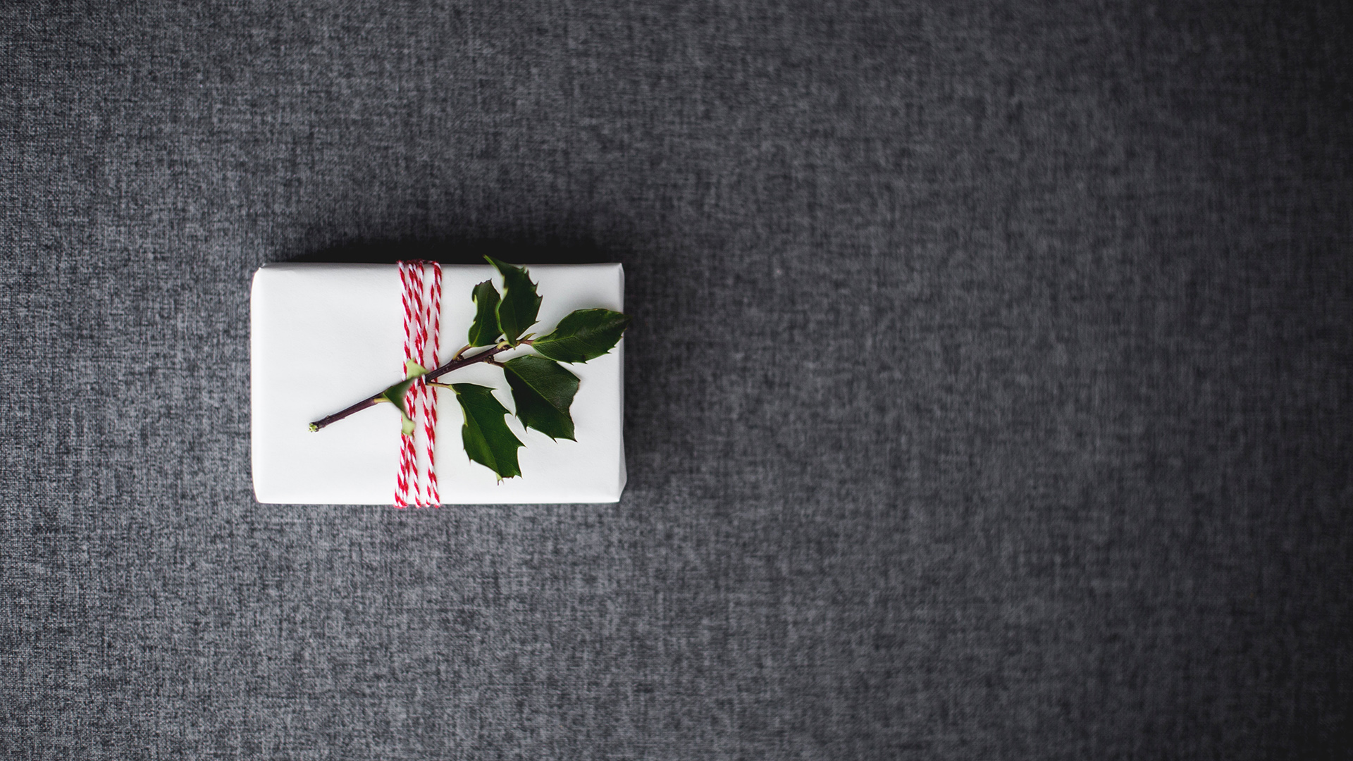 Minimalist Gift Guide 2019:  10 Non-Material Green Gifts That Everyone Will Love
