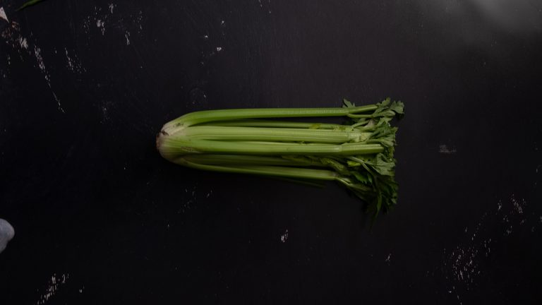 Celery Benefits: Holistic Approach to Healing