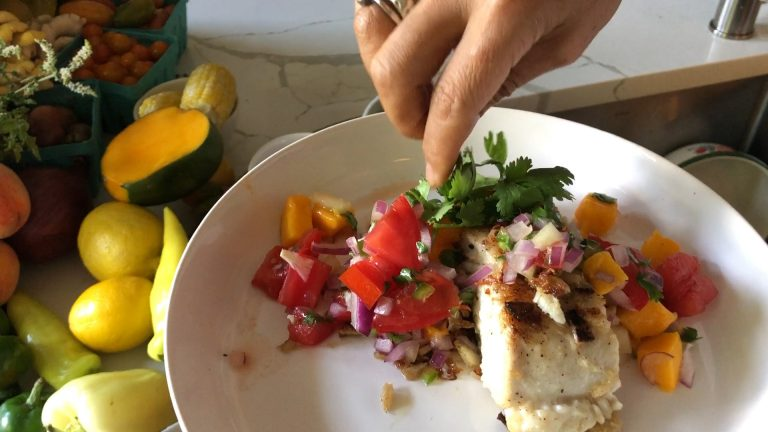 Seared Halibut with Mango Pico de Gallo
