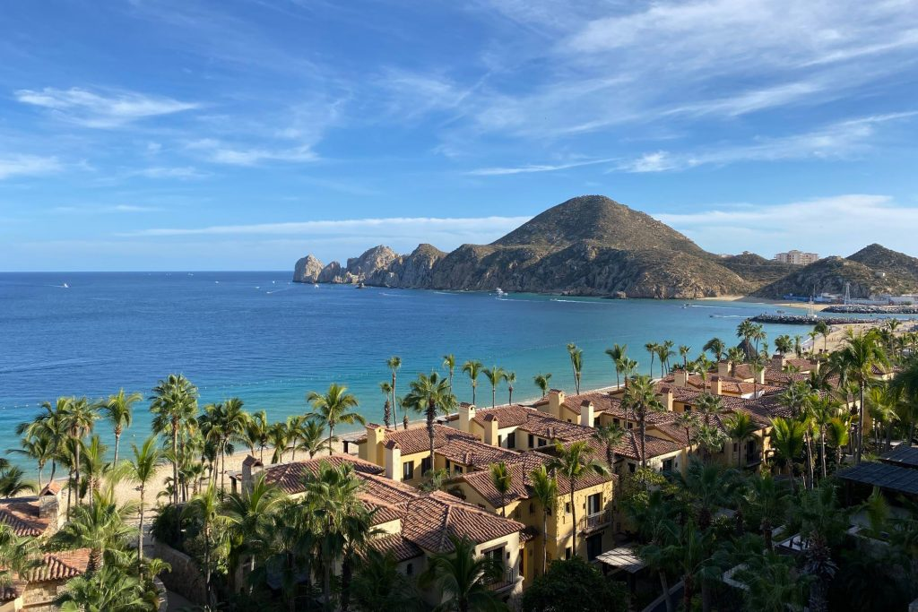 LIVING IN CABO-arches